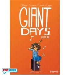 7 dicembre: Calendario dell'avvenPOP! - Giant Days 002