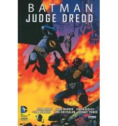 Batman/Judge Dredd 001